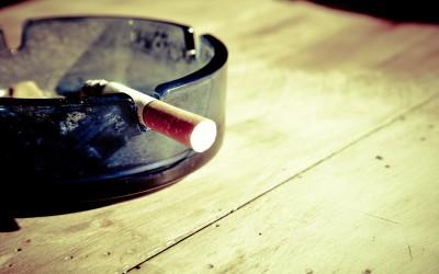 Fajczenie szlugów jest jednym z z większym natężeniem okropnych nałogów